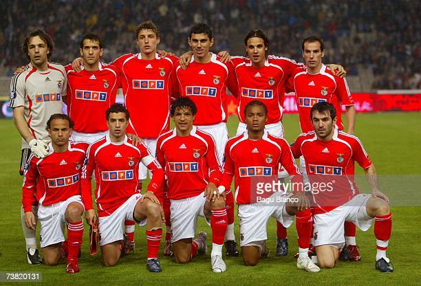Benfica team poses during the match between Espanyol and Benfica, of UEFA Cup quarter final, first leg match between Espanyol and Benfica at the...
