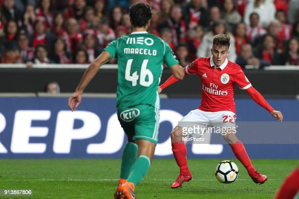 Benfica's Argentine forward Franco Cervi vies with Rio Ave's defender Marcelo during the Portuguese League football match SL Benfica vs Rio Ave FC at...
