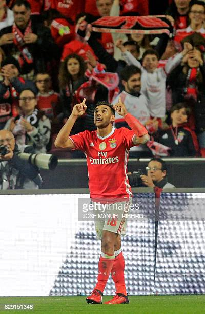 Benfica's Argentine midfielder Eduardo Salvio celebrates after scoring during the Portuguese league football match SL Benfica vs Sporting CP at the...