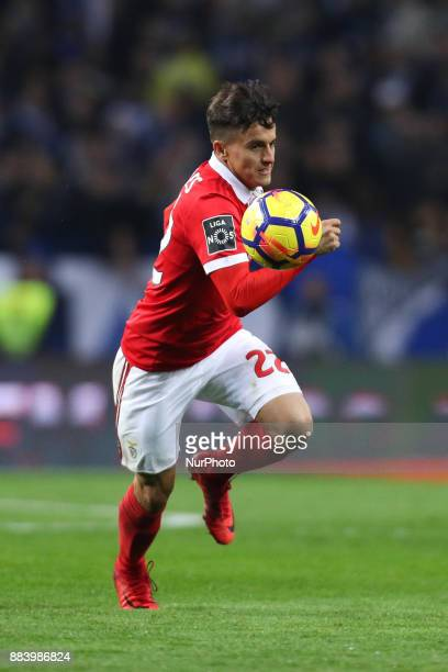 Benfica's Argentinian forward Franco Cervi in action during the Premier League 2016/17 match between FC Porto and SL Benfica at Dragao Stadium in...