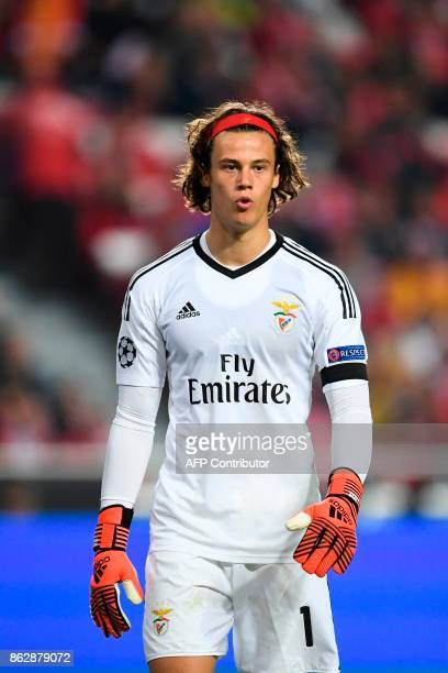 Benfica's Belgian goalkeeper Mile Svilar walks on the field during the UEFA Champions League group A football match SL Benfica vs Manchester United...