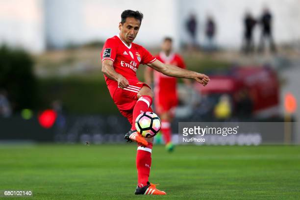 Benfica's Brazilian forward Jonas in action during the Premier League 2016/17 match between Rio Ave and SL Benfica at Arcos Stadium in Vila do Conde...