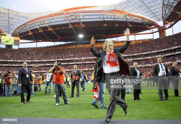 Benfica´s coach Jorge Jesus celebrates after his team's victory over Rio Ave during their Portuguese league football match at the Luz Stadium in...