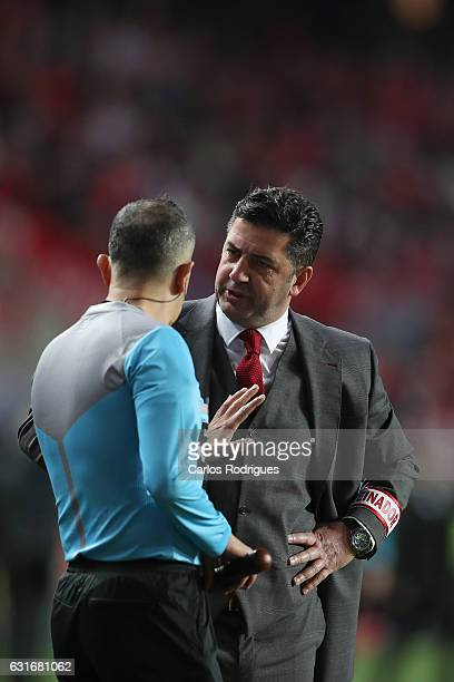 Benfica's coach Rui Vitoria from Portugal during the match between SL Benfica and Boavista FC for the Portuguese Primeira Liga at Estadio da Luz on...