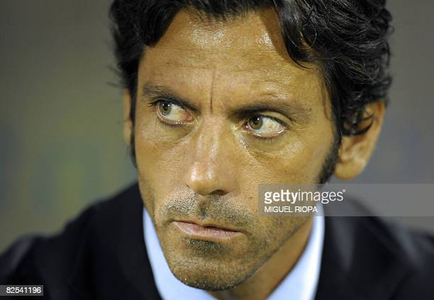 SL Benfica's coach spanish Quique Sanchez Flores is seen before their Portuguese first league football match against FC Rio Ave at the Arcos Stadium...