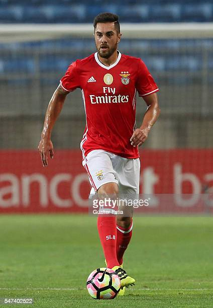 Benfica's defender from Brazil Jardel in action during the Algarve Football Cup Pre Season Friendly match between SL Benfica and Vitoria Setubal at...