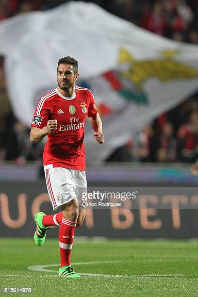 Benfica's defender Jardel Vieira celebrates scoring Benfica's first goal during the match between SL Benfica and CD Tondela for the portuguese...