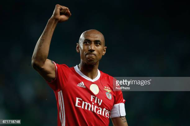 Benfica's defender Luisao salutes the fans at the end of Premier League 2016/17 match between Sporting CP vs SL Benfica in Lisbon on April 22 2017