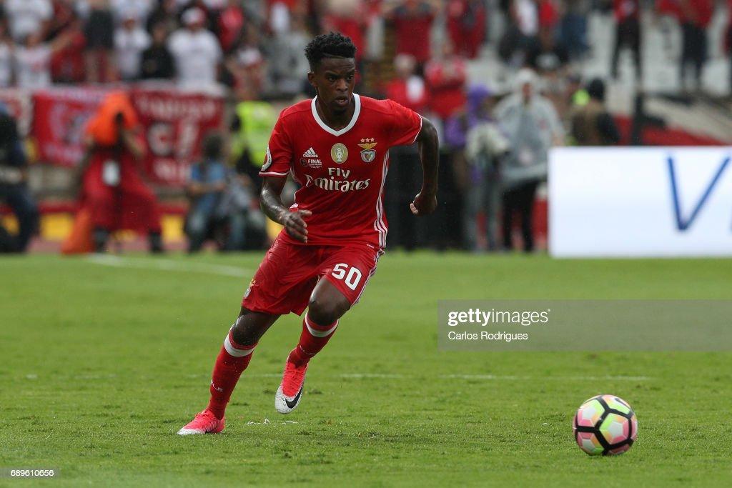 SL Benfica v Vitoria Guimaraes: Portuguese Cup Final : ニュース写真
