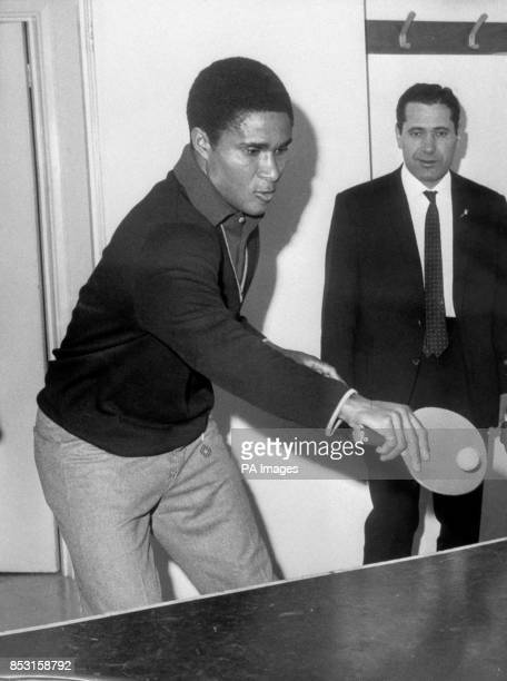 Benfica's Eusebio playing table tennis at the Saxon Inn Hotel Harlow where the team is staying ahead of their European Cup Final against Manchester...