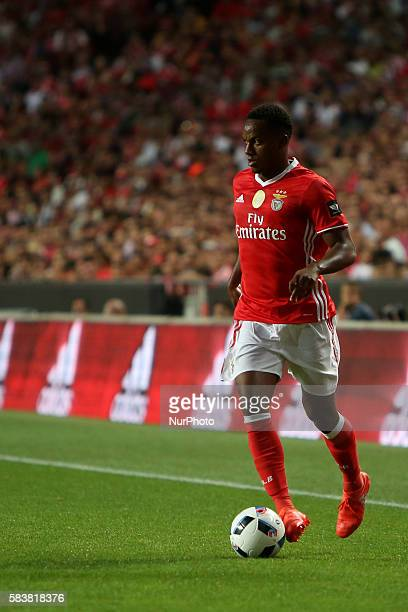 Benfica's forward Andre Carrillo in action during the Eusebio Cup football match between SL Benfica and Torino FC at the Luz stadium in Lisbon...