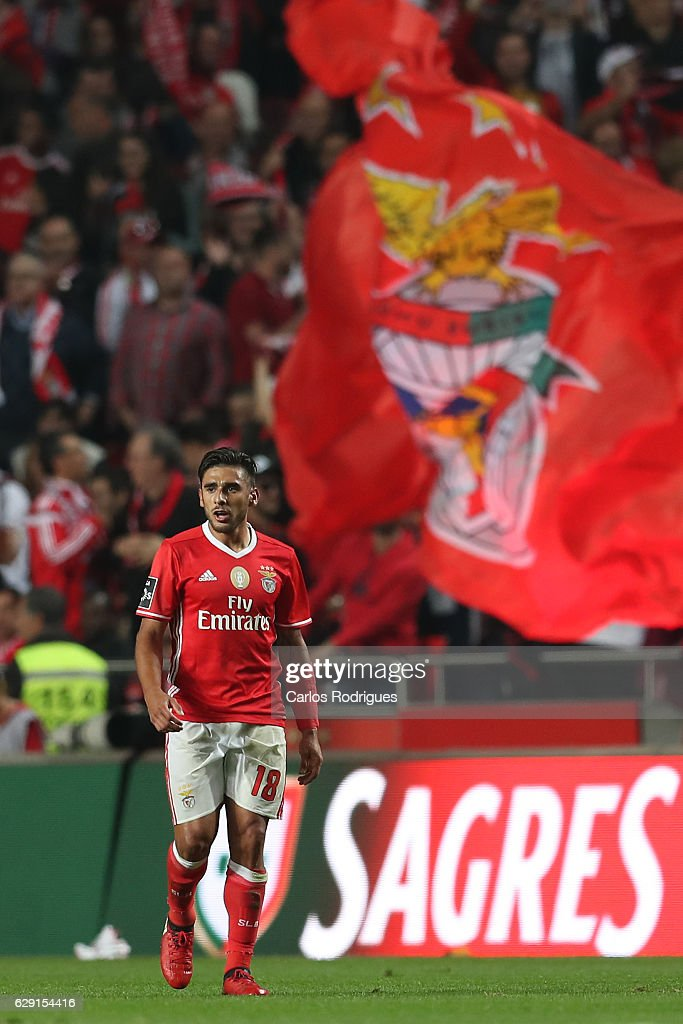 Benfica's forward Eduardo Salvio from Argentina celebrates scoring Benfica's first goal during the match between SL Benfica v Sporting CP for the Portugueses Primeira Liga at Estadio da Luz on December 11, 2016 in Lisbon, Portugal.