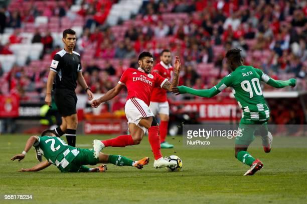 Benfica's forward Eduardo Salvio Moreirense's midfielder Matheus Reis and Moreirense's midfielder Alfa Semedo during the Portuguese League football...