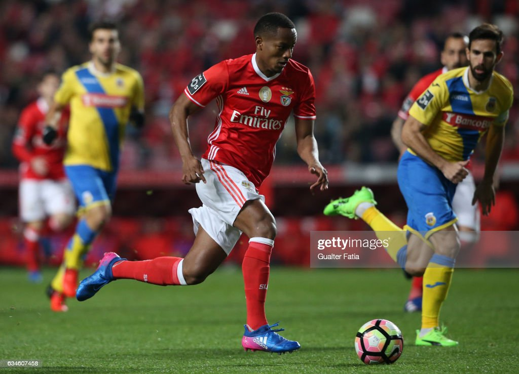 SL BenficaÕs forward from Peru Andre Carrillo in action during the Primeira Liga match between SL Benfica and FC Arouca at Estadio da Luz on February 10, 2017 in Lisbon, Portugal.