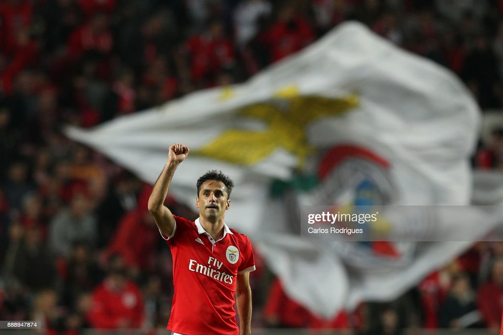 Benfica's forward Jonas from Brasil celebrates scoring Benfica second goal during the match between SL Benfica and Estoril Praia SAD for the Portuguese Primeira Liga at Estadio da Luz on December 09, 2017 in Lisbon, Portugal.