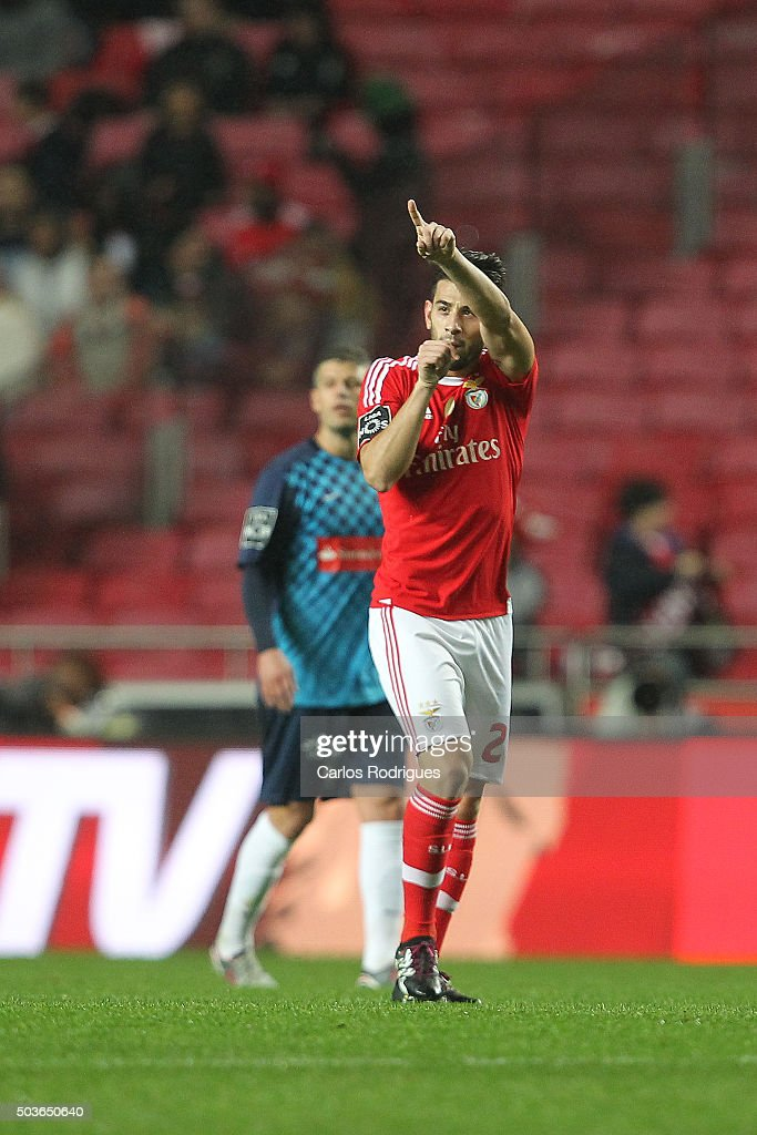 Benfica's forward Pizzi celebrates scoring Benfica«s first goal during the match between SL Benfica and CS Maritimo at Estadio da Luz on January 6, 2015 in Lisbon, Portugal.