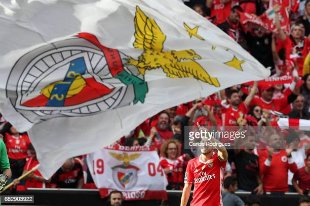 Benfica's forward Pizzi from Portugal celebrate scoring Benfica third goal during the match between SL Benfica and Vitoria SC for the Portuguese...