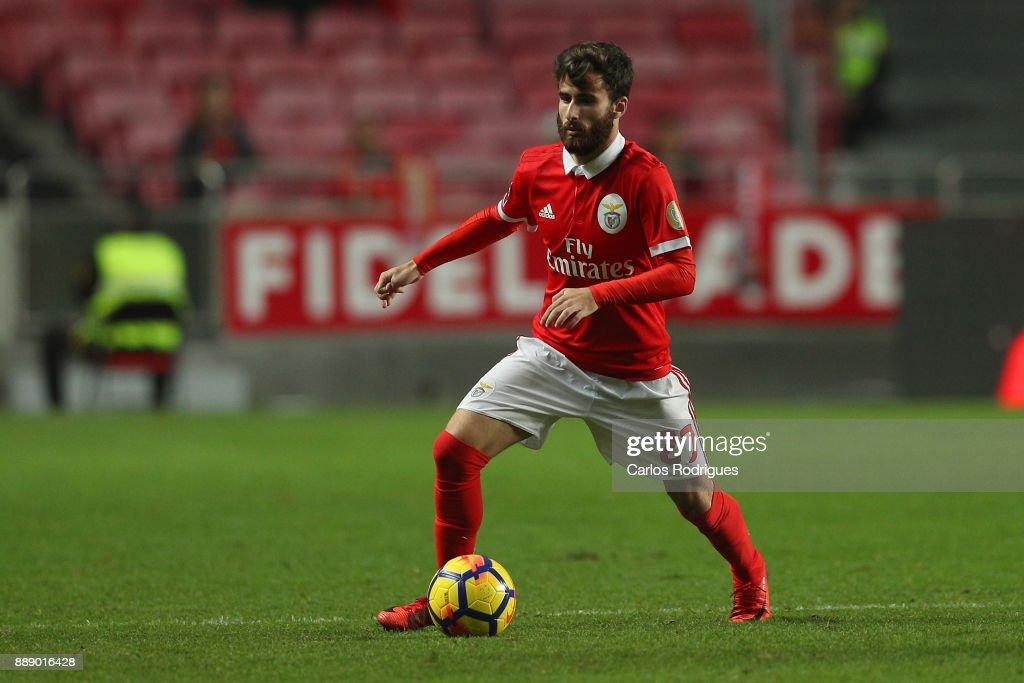 Benfica v Estoril - Primeira Liga