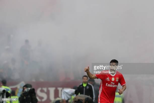 Benfica's forward Raul Jimenez from Mexico celebrates scoring Benfica first goal during the match between SL Benfica and Vitoria SC for the...