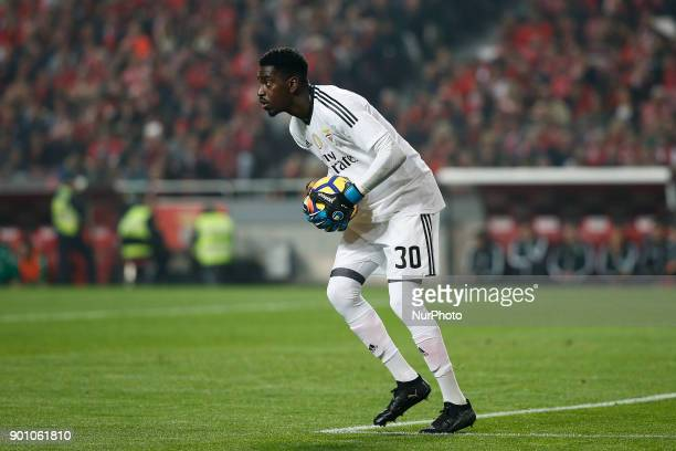 Benfica's goalkeeper Bruno Varela in action during Primeira Liga 2017/18 match between SL Benfica vs Sporting CP in Lisbon on January 3 2018