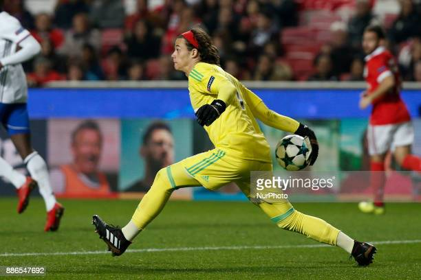 Benfica's goalkeeper Mile Svilar in action during Champions League 2017/18 match between SL Benfica vs FC Basel in Lisbon on December 5 2017