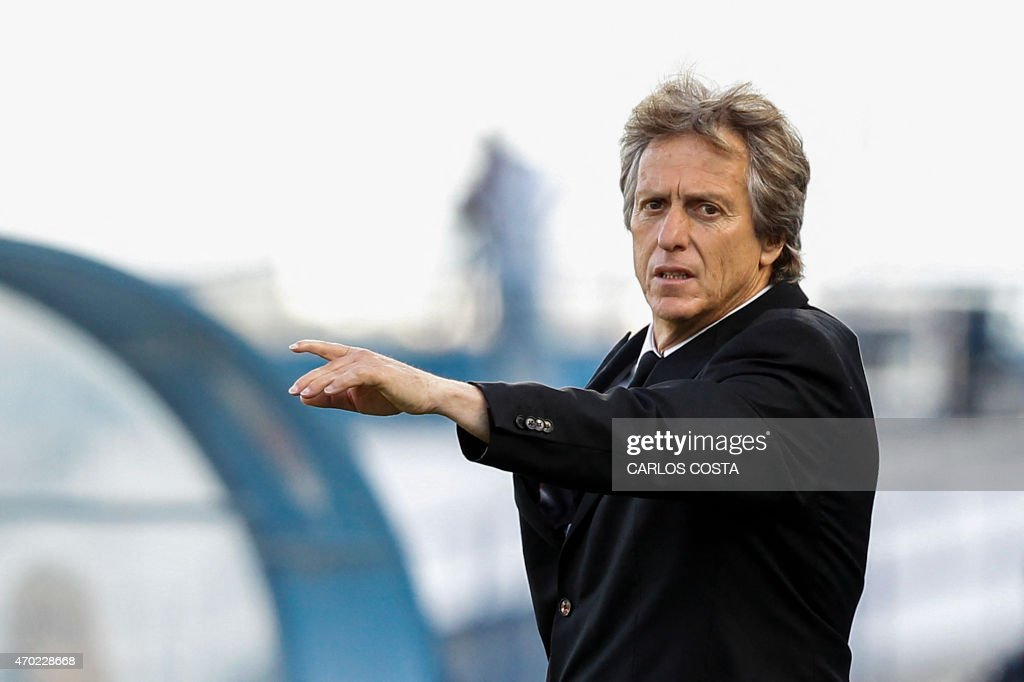 Benfica's head coach Jorge Jesus gestures during the Portuguese league football match CF Os Belenenses v SL Benfica at the Restelo stadium in Lisbon on April 18, 2015.