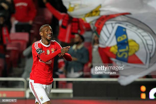 Benfica's midfielder Anderson Talisca celebrates Benfica«s sixth goal during the match between SL Benfica and CS Maritimo at Estadio da Luz on...