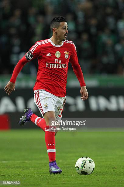 Benfica's midfielder Andre Almeida during the match between Sporting CP and SL Benfica for the Portuguese Primeira Liga at Jose Alvalade Stadium on...