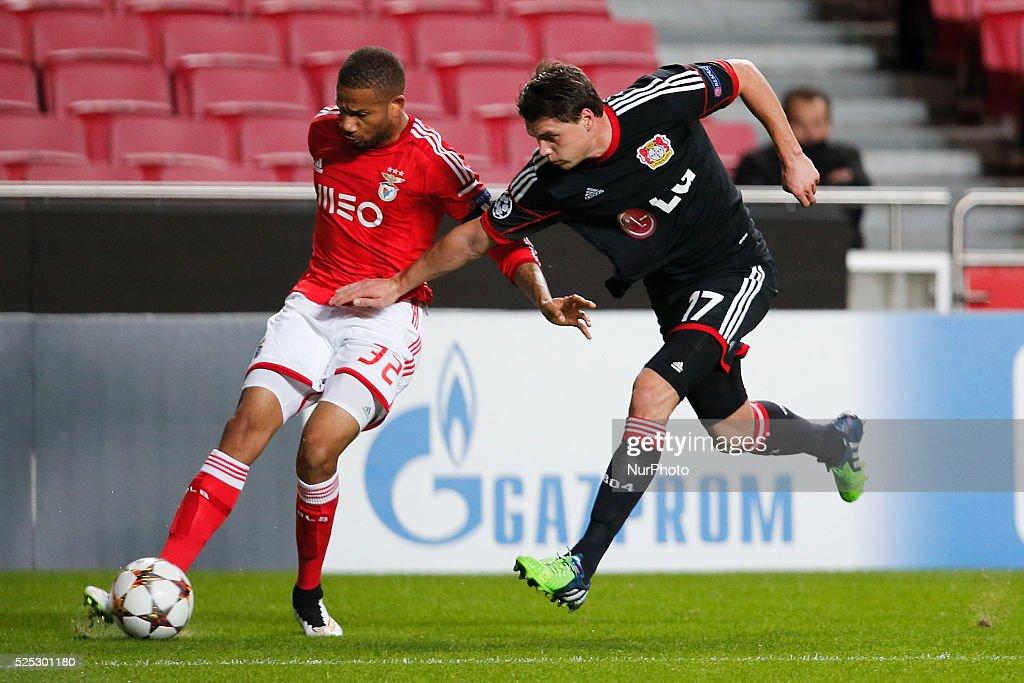Soccer - UEFA Champions League - Benfica vs. Bayer Leverkusen : News Photo