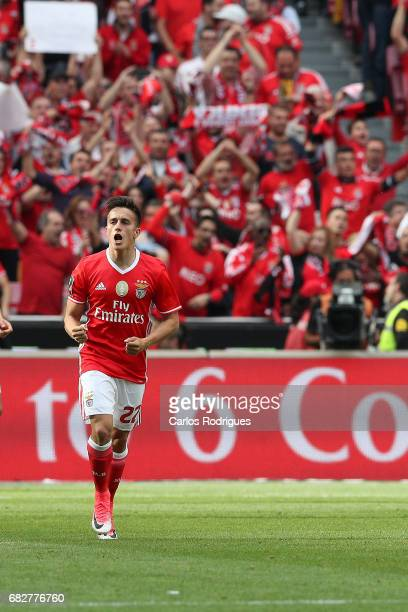 Benfica's midfielder Franco Cervi from Argentina celebrate scoring Benfica frist goal during the match between SL Benfica and Vitoria SC for the...
