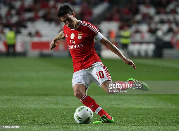 Benfica's midfielder from Argentina Nico Gaitan in action during the Primeira Liga match between SL Benfica and CD Tondela at Estadio da Luz on March...