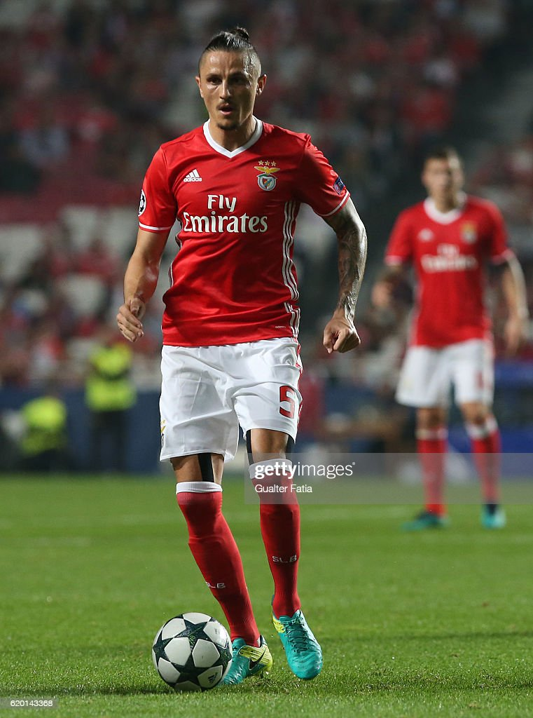 SL Benfica's midfielder from Serbia Ljubomir Fejsa in action during the UEFA Champions League match between SL Benfica and FC Dynamo Kyiv at Estadio da Luz on November 1, 2016 in Lisbon, Portugal.
