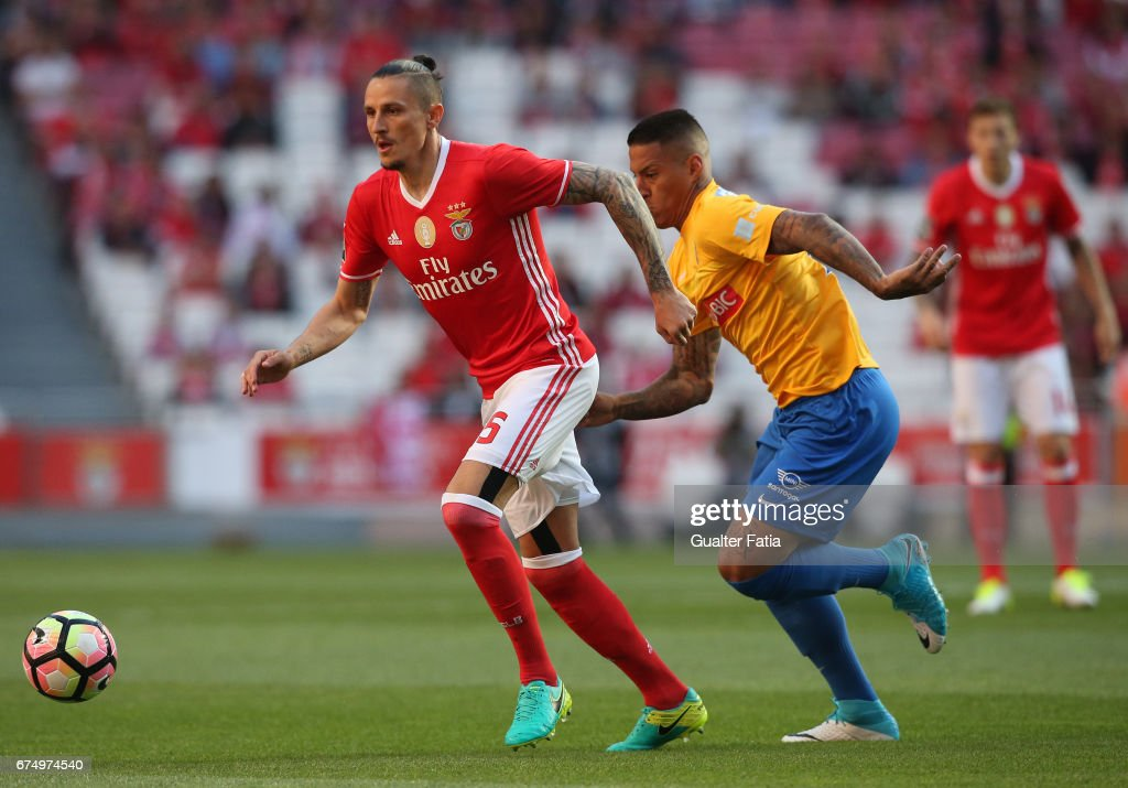 SL Benfica v GD Estoril Praia - Primeira Liga : News Photo