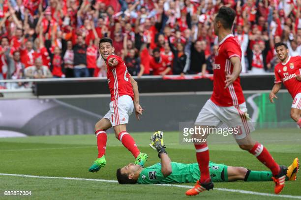 Benficas midfielder Pizzi from Portugal celebrating after scoring a goal during the Premier League 2016/17 match between SL Benfica v Vitoria...