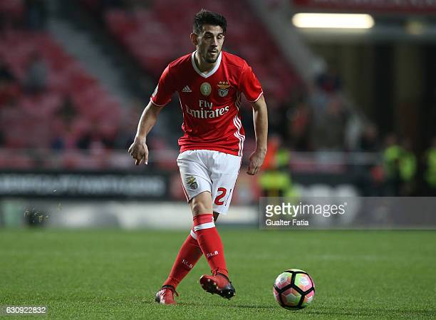 Benfica's midfielder Pizzi in action during the Primeira Liga match between SL Benfica and FC Vizela at Estadio da Luz on January 3 2017 in Lisbon...
