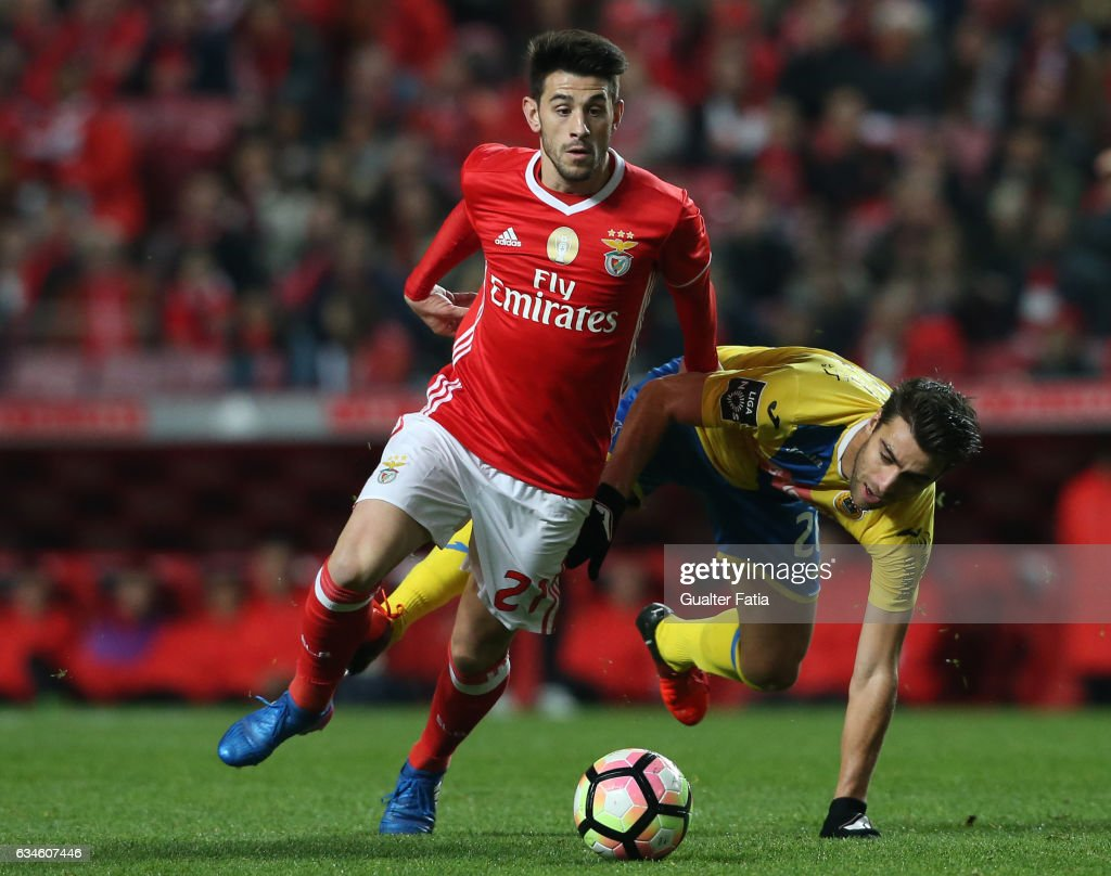 SL BenficaÕs midfielder Pizzi with Arouca's midfielder Andre Santos from Portugal in action during the Primeira Liga match between SL Benfica and FC Arouca at Estadio da Luz on February 10, 2017 in Lisbon, Portugal.