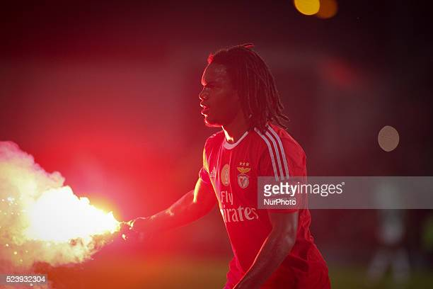 Benfica's midfielder Renato Sanches during the Premier League 2015/16 match between Rio Ave FC and SL Benfica at Rio Ave Stadium in Vila do Conde on...