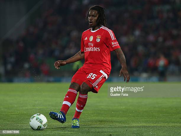Benfica's midfielder Renato Sanches in action during the Primeira Liga match between Rio Ave FC and SL Benfica at Estadio dos Arcos on April 24 2016...