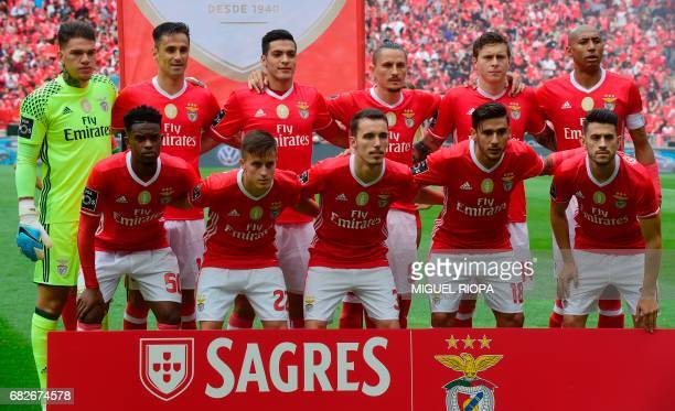 Benfica's players line up before the Portuguese league football match SL Benfica vs Vitoria Guimaraes SC at the Luz stadium in Lisbon on May 13 2017...
