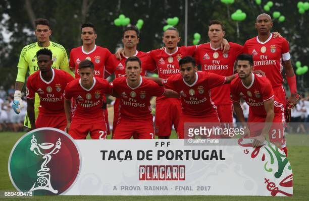 Benfica's players pose for a team photo before the start of the Portuguese Cup Final match between SL Benfica and Vitoria Guimaraes at Estadio...