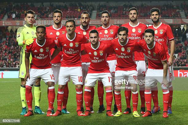 Benfica's players pose for a team photo before the start of the Primeira Liga match between SL Benfica and FC Vizela at Estadio da Luz on January 3...
