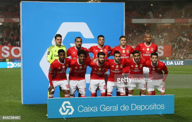 Benfica's players pose for a team photo before the start of the Primeira Liga match between SL Benfica and GD Chaves at Estadio da Luz on February 24...