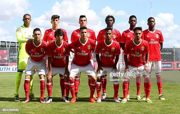 Benfica's players pose for a team photo before the start of the UEFA Youth Champions League match between SL Benfica and Besiktas JK at Caixa Futebol...