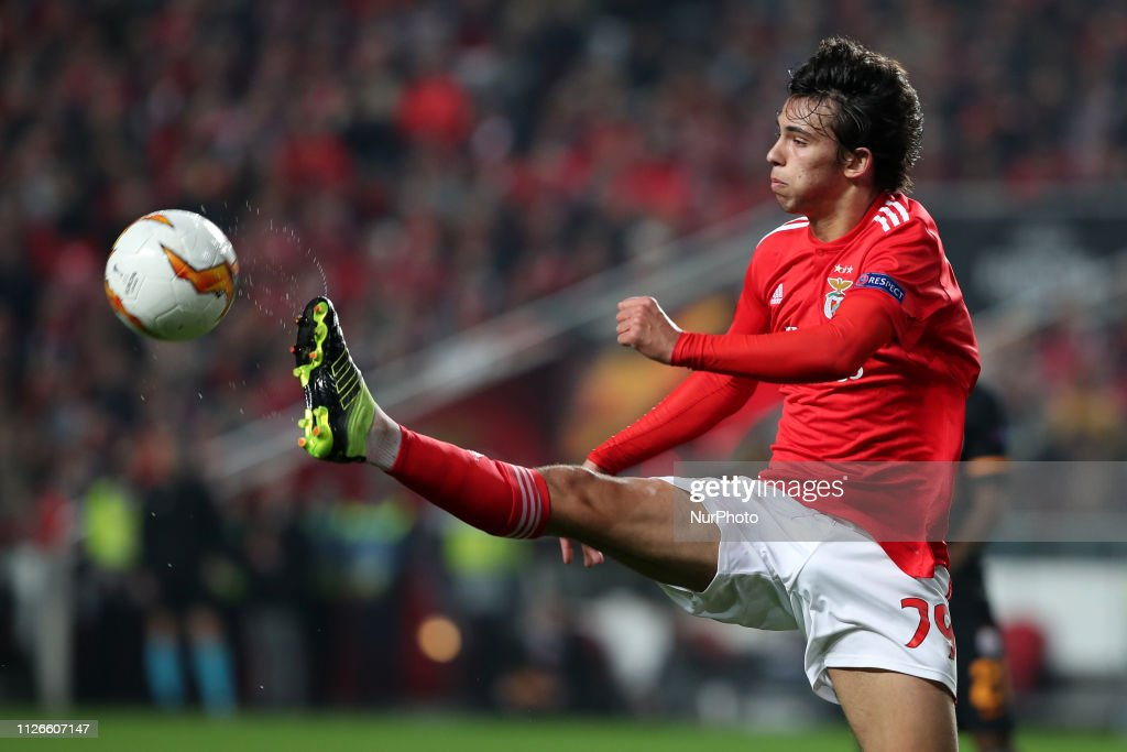 UEFA Europa League Round Of32 Second Leg - Benfica v Galatasaray : News Photo