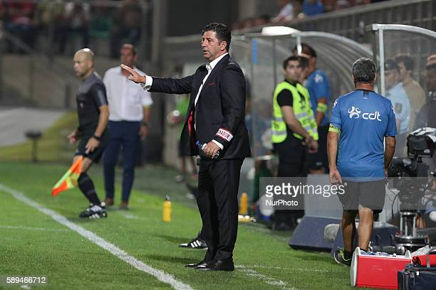 Benfica's Portuguese head coach Rui Vitória during the Premier League 2016/17 match between CD Tondela and SL Benfica at Joao Cardoso Stadium in...