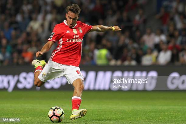 Benfica's Portuguese midfielder Andre Horta during the Premier League 2016/17 match between Boavista FC and SL Benfica at Bessa XXI Stadium in Porto...