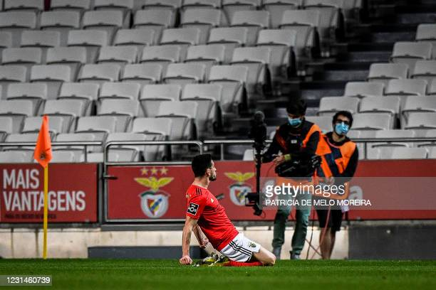 Benfica's Portuguese midfielder Pizzi Fernandes celebrates after scoring a goal during the Portuguese league football match between SL Benfica and...
