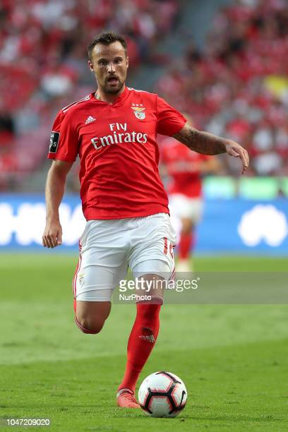 Benfica's Suisse forward Haris Seferovic in action during the Portuguese League football match SL Benfica vs FC Porto at the Luz stadium in Lisbon on...