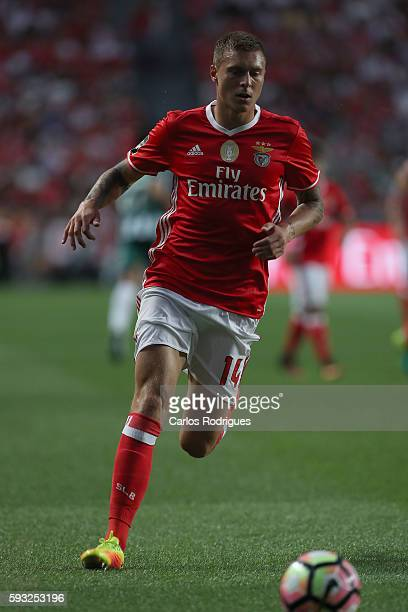 Benfica's Swedish defender Victor Lindelof during the match between SL Benfica and Vitoria Setubal FC for the Portuguese Primeira Liga at Estadio da...