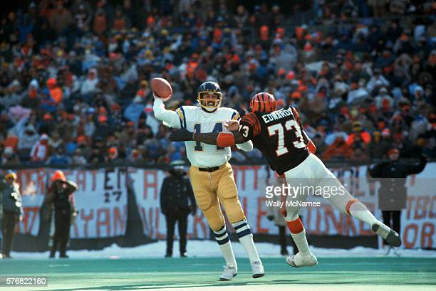 Bengals Players Rushes Dan Fouts